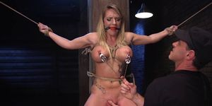 Deep throat busty babe in threesome bdsm training (Cali Carter)