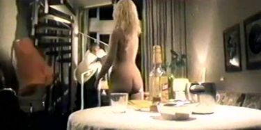 Mary Hudson  nackt